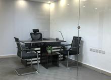 مكاتب مفروشة للإيجار في شارع مكة -شهري أو سنوي-مواقف مجانية  إصدار رخص مهن