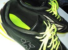 حذاء رياضي اشتري قبل شهر من بين أشهر الماركات واحسنها