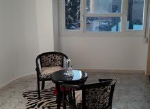 يعلن مكتب بنغازي عن بيع شقة الدور الاول علوي 3غرف لانتعامل مع الوسيط