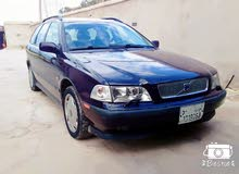 Volvo V40 2004 For sale - Purple color
