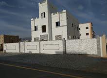 مبنى للبيع جنب كلية تقنية بنزوى
