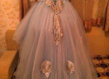 فستان حفله ملبوس ساعات معدودة