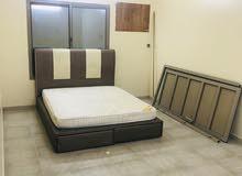 شقة كبيرة للايجار في الحد مفروشة بالكامل وشامل الكهرباء والماء 250 دينار