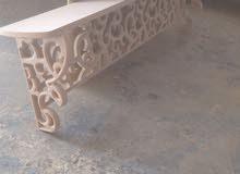 تصميم جميع أعمال الديكورات الخشبية وصيانة الشبابيك والأبواب والمطابخ الألمنيوم