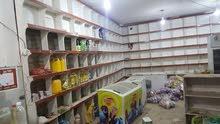 محل تموينات للبيع في موقع ممتاز .وادي احمد..بكامل ادواته من تخشيبه واربع ثلاجات