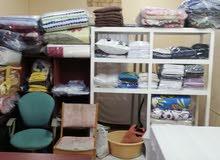 محل غسيل وكي الملابس بجل أجهزته جاهز جدا