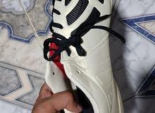 أحذية ترتان وبراغي للبيع