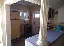 شقة للبيع في قرية مارقيا الدور الثالث علوي
