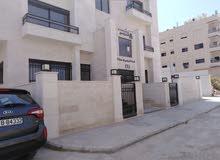 شقة أرضي مع حديقة 125م مطلة على شارع الأردن كاش أو اقساط
