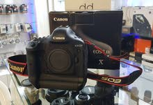 Canon EOS 1DX 18.1MP Digital SLR Camera