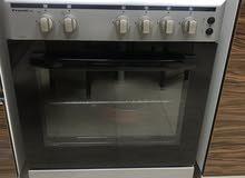 طباخ و فرن غاز ايطالي للبيع مستخدم سنة   فقط 50 ريال