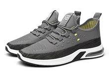 حذاء رياضي جيد وسعر معقول