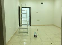 للايجار شقة في مدينة حمد من 3 غرف مع المكيفات