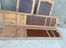 عدد2نوافذ خشبيه مقاس110×90وكذلك عدد 1نافذة خشبيه مقاس100×90 كذلك عدد1باب بالكون