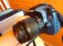 أبحث عن كاميرا CANON 60D