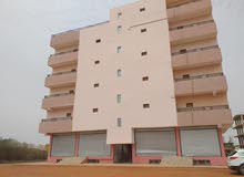 عماره خمس طوابق ف الازهري مربع 17 مكونه من تسع شقق