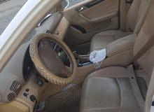 مرسديس سي 240 موديل 2003 قير مكينة مكيف ثلج  بس محتاجة تغيير ربل شيال