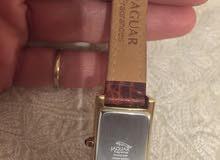 ساعة جاكور إصدار محدود استعملت مره واحده فقط مطليه دهب وجلد طبيعي