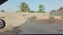 ارض سكنية مساحتها 450م بها كاتينة مسقوف 210م