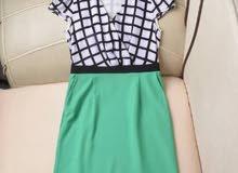 فستان. قصير. راقي     1200  لونين اخضر. وردي S.  M.    L