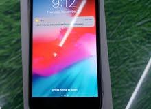 ايفون 6s plus لون اسود 16 جيجا مع كرتونته