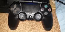 Playstation 4 مستعمله و مو مفتوحه