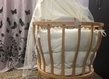 سرير متحرك للاطفال حديثي الولادة