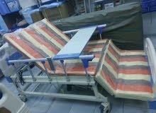 سرير طبي كهربائي مانيوال مع تواليت ؛ كراسي متحركه؛  أجهزة تنفسية؛  مشدات طبية تج