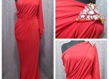 فستان احمر للايجار