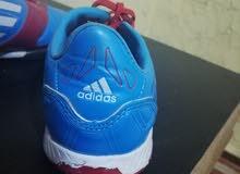 حذاء أديداس الأصلي للبيع