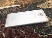 هاتف j7 max بحالة الوكالة