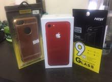 للبيع ايفون 7 لون احمر جديد