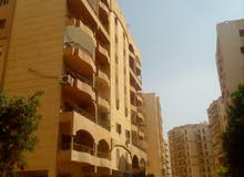 شقة 225 م2 بكمبوند الملاحة الجوية بمدينة النزهة الجديدة