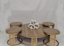 طاولات مجلس عربي حديد دائري سطح خشب