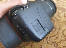 كاميرا كانون 700d مع عدسة 18،55 stm