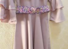 فستان مناسب لبنت عمرها 6_7 سنوات