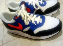 7acabf04b للبيع حذاء ماركة بلنسياغا اللون أبيض بالعلبة مقاس 42 - (106005896 ...
