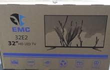 شاشه EMC 32 hdيوجد بها ريسيفر داخلي