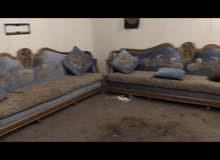 ديوانية بالاسطبلات قبل كبد ، طقمين + غرفة نوم بدون سرير / مستعمل