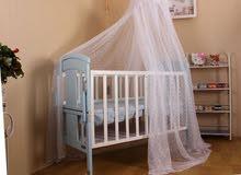سرير اطفال خشب مستعمل نظيف