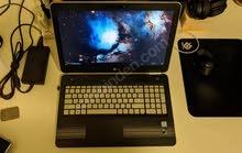 جهاز كمبيوتر HP Pavilion نظيف جدًا وخالي من الأخطاء وخالي من المتاعب.