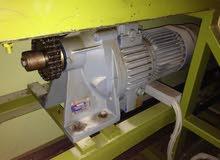 محرك صناعي+كمبيو.مبدل سرعاتhelical geared motor,ايطالي الصنع motovario