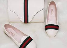 حقيبة مع حذاء