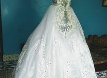 فستان زفاف راقي ملكي للملكات