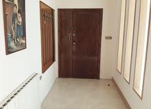 شقة للاجار سنوي في عبدون.. للاجانب فقط