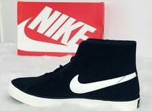 حذاء نايك جديد