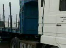للايجار شاحنة لنقل البضائع