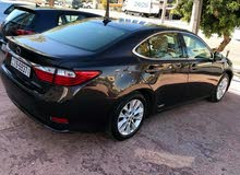 Used condition Lexus ES 2013 with  km mileage