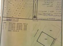 أرض 800م  بالدقم مخطط ظهر 2  للبيع العاجل