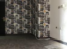 شقه لايجار بند القار  تتكون الشقه تتكون من غرفتين غرفه مستر وغرف عادي والشقه ممتاز والموقع ممتاز